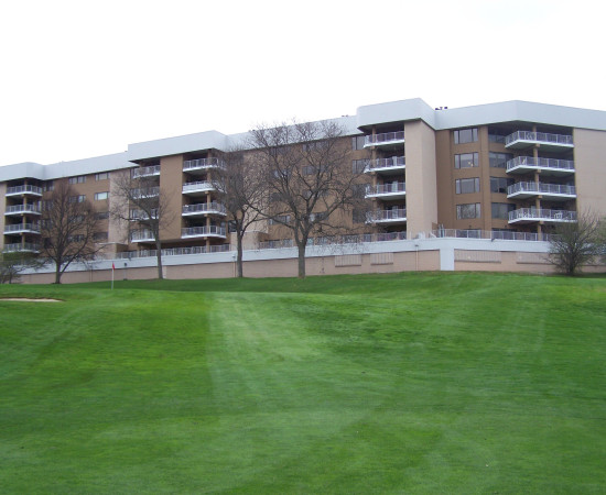 Fairways-Condos1