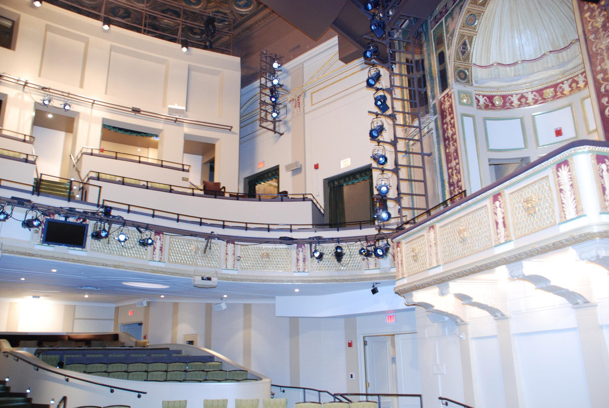Hanna-Theatre-14-web