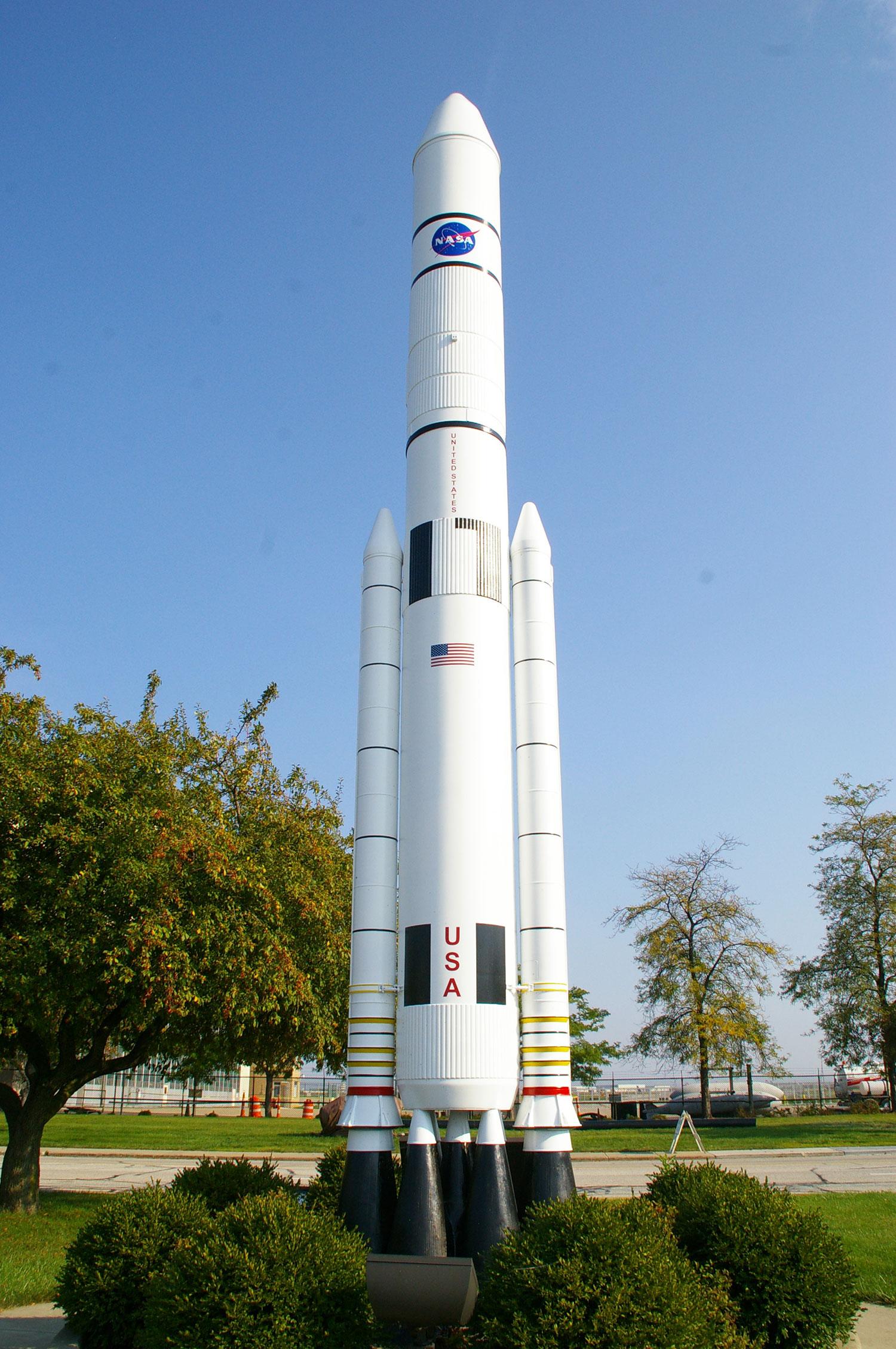 NASA-Rockets-6160-web